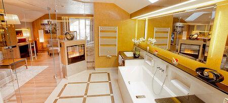 Luxuriöses Badezimmer in der Wellness-Suite