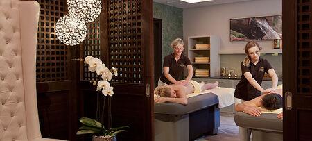 entspannende Massagen im Wellnesshotel